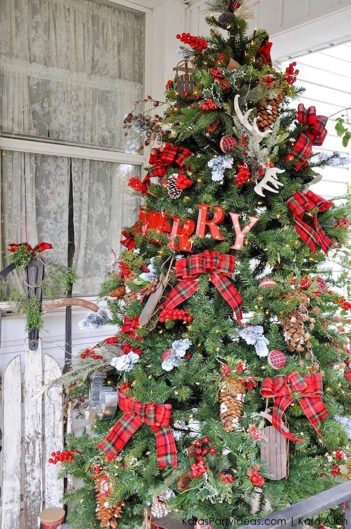 A Rustic Plaid Farm House _ Cabin Christmas