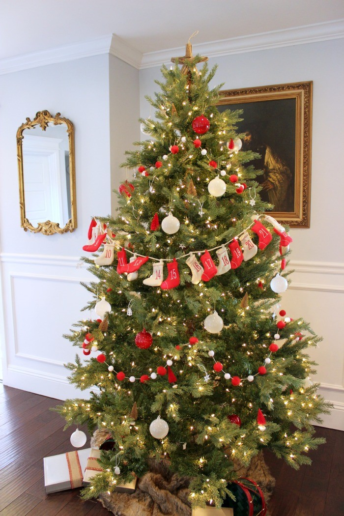 christmas tree red and white decorations