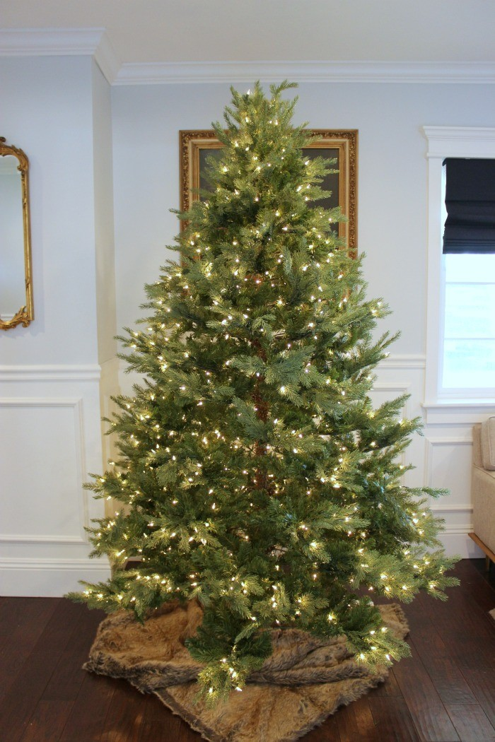how to decorate a christmas tree 2 / dreambookdesign.com